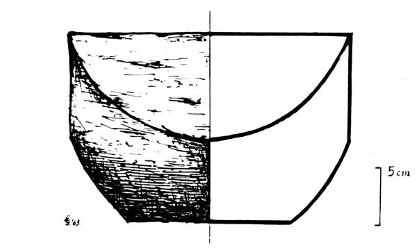 Fig. 21. - Chapiteau sphéro-cubique de la crypte occidentale (Etat I)?